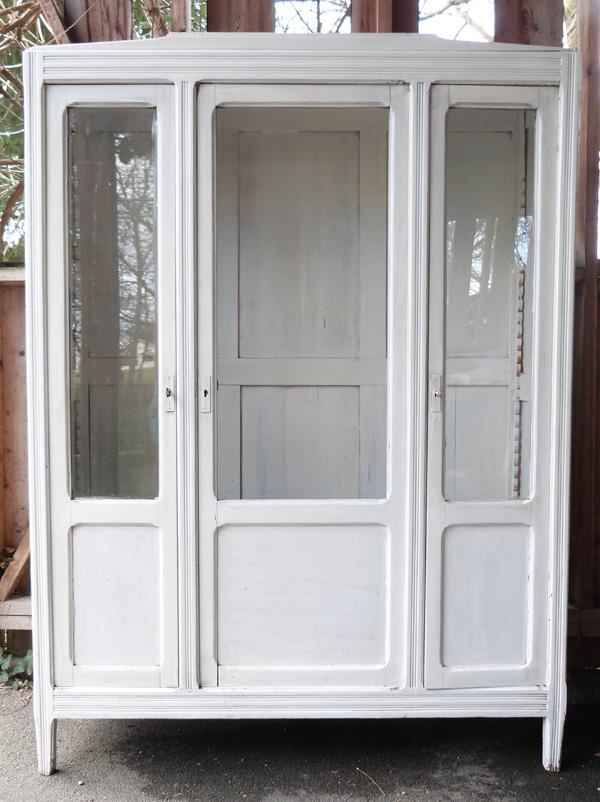 armoire lait fraise menthe l 39 eau couture turbulences. Black Bedroom Furniture Sets. Home Design Ideas