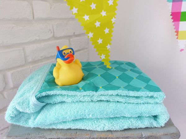 Canard de bain bébé