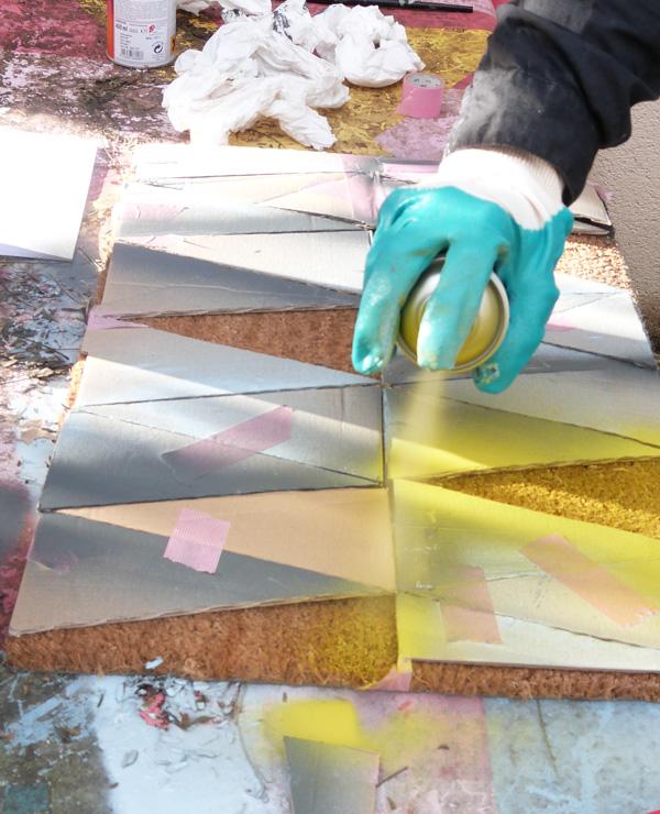 paillasson pochoir peinture aérosol
