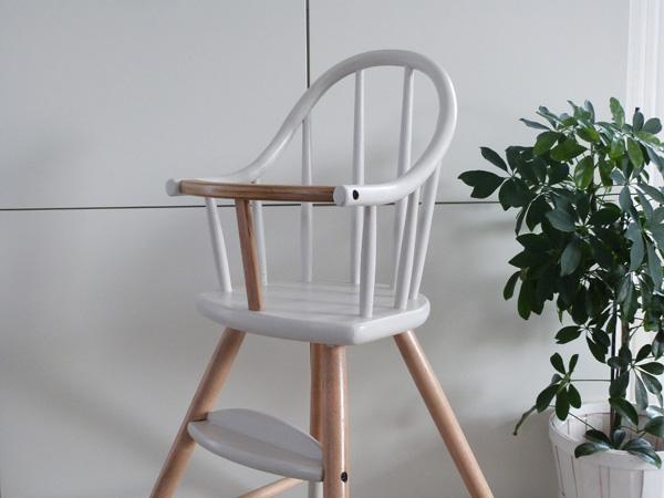 La chaise haute fa on ovo micuna couture turbulences - Chaise haute design ...