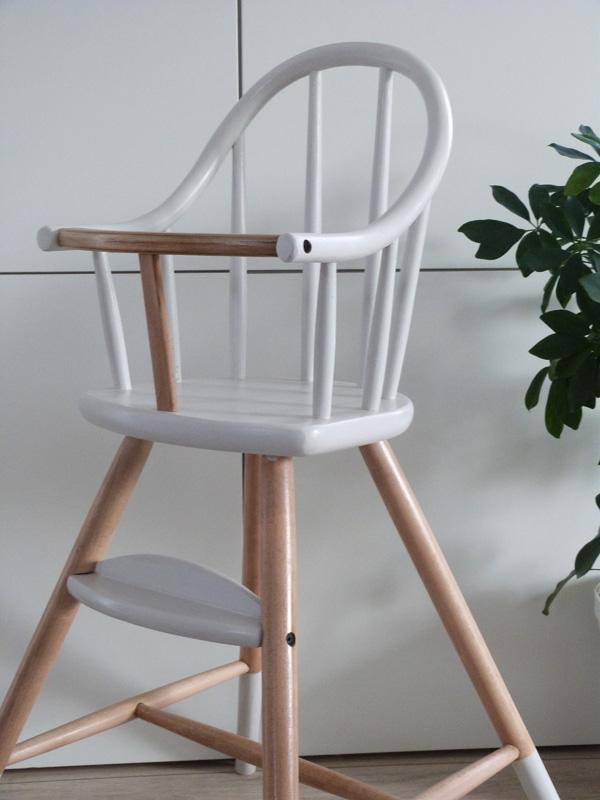 chaise-haute scandinave