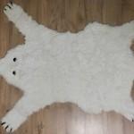 Ne pas vendre la peau de l'ours… {tapis ours polaire}